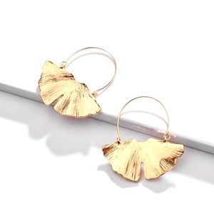 New Anthropologie Gold Ginkgo Leaf Earrings